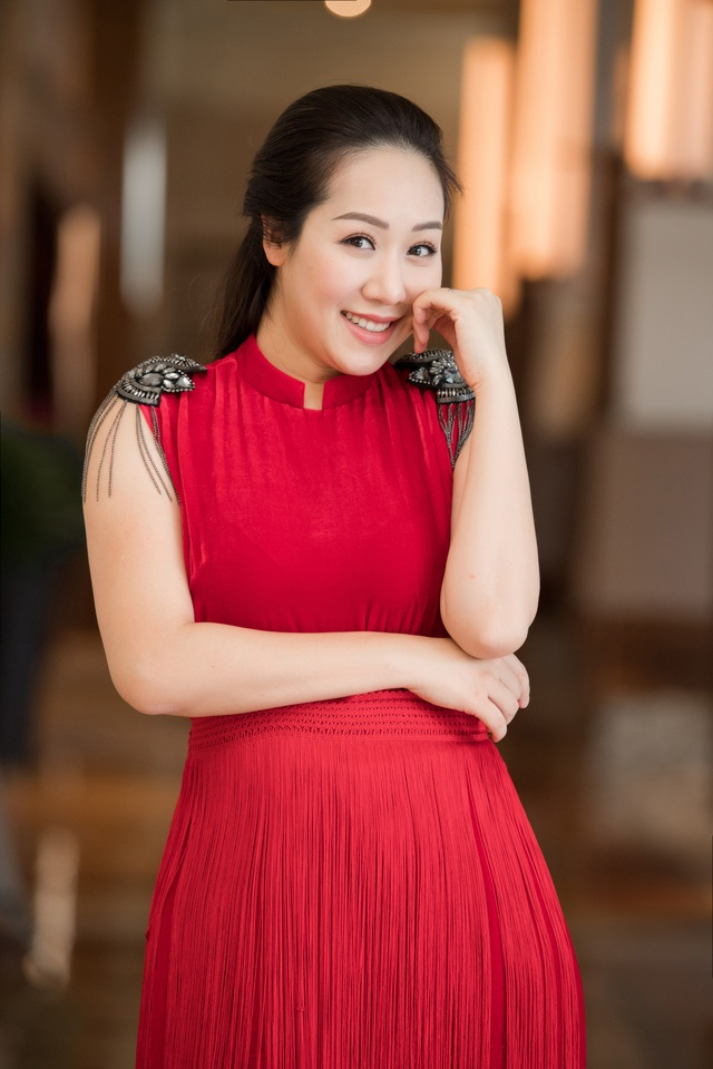 Hoa hậu Ngô Phương Lan kể chuyện bị tiền sản giật, ngủ ngồi 3 tháng liền - Ảnh 8.