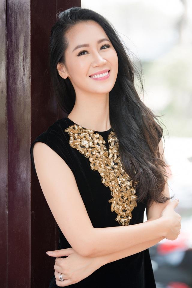 Hoa hậu Ngô Phương Lan kể chuyện bị tiền sản giật, ngủ ngồi 3 tháng liền - Ảnh 14.
