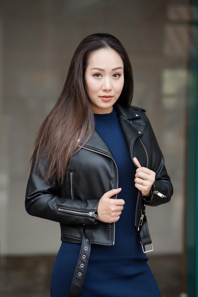 Hoa hậu Ngô Phương Lan kể chuyện bị tiền sản giật, ngủ ngồi 3 tháng liền - Ảnh 2.