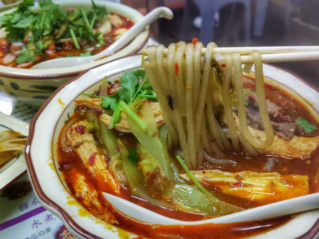 Đánh thức vị giác tại 5 nhà hàng đồ cay nổi tiếng nhất tại Macao, Trung Quốc - Ảnh 1.