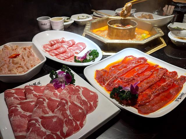 Đánh thức vị giác tại 5 nhà hàng đồ cay nổi tiếng nhất tại Macao, Trung Quốc - Ảnh 2.
