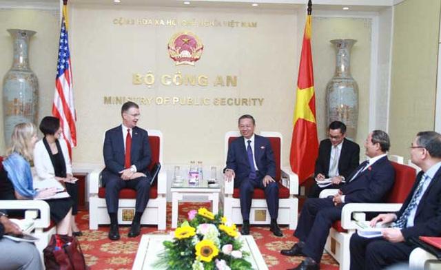 Đại tướng Tô Lâm tiếp Đại sứ đặc mệnh toàn quyền Hoa Kỳ tại Việt Nam - Ảnh 1.