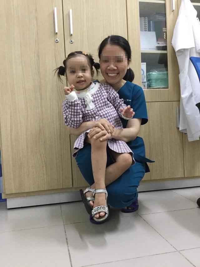 Điều trị thành công cho bệnh nhi bị u quai hỗn hợp vùng mặt hiếm gặp - Ảnh 2.