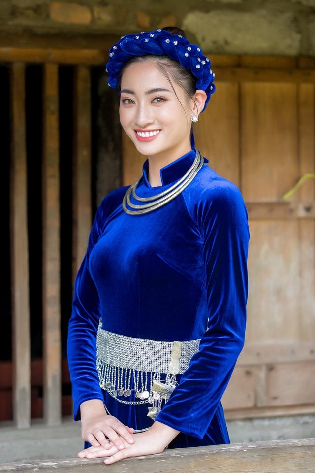 Hoa hậu Lương Thùy Linh hóa thiếu nữ dân tộc Tày đi chăn ngựa - Ảnh 4.