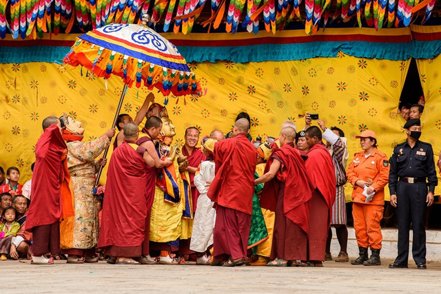 """Khám phá """"Vương quốc Hạnh phúc"""" Bhutan - Ảnh 1."""