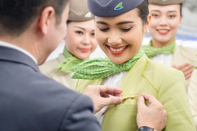 Hành trình chạm tới huy hiệu cánh bay (Kì I): Niềm tự hào của riêng tiếp viên hàng không Bamboo Airways - Ảnh 1.
