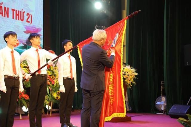 Trường Đại học Thủy lợi được trao Huân chương Lao động hạng Nhất - Ảnh 1.