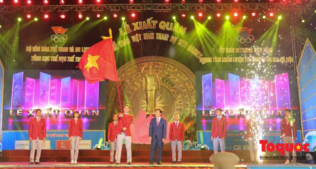 Chùm ảnh: Lễ xuất quân Đoàn Thể thao Việt Nam tham dự SEA Games 30 - Ảnh 10.