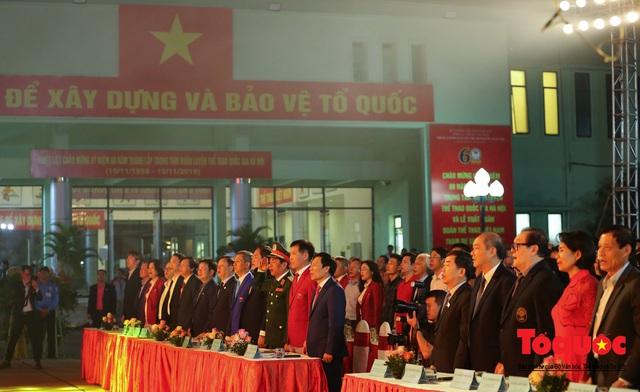 Chùm ảnh: Lễ xuất quân Đoàn Thể thao Việt Nam tham dự SEA Games 30 - Ảnh 2.