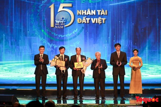 Hình ảnh đêm trao giải Nhân tài Đất Việt 2019: Hành trình 15 năm tìm kiếm người tài Việt Nam - Ảnh 5.