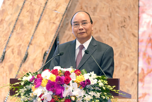 """Thủ tướng Nguyễn Xuân Phúc đề nghị Bộ LĐ-TBXH suy nghĩ thiết kế và đề xuất một """"hiệp ước xã hội"""" - Ảnh 1."""