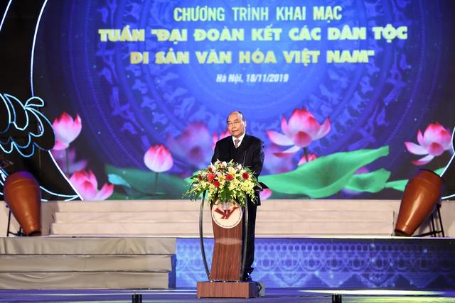 """Thủ tướng Nguyễn Xuân Phúc: """"Truyền thống đại đoàn kết, trên dưới một lòng đã làm nên sức mạnh vô bờ bến cho dân tộc Việt Nam""""  - Ảnh 1."""