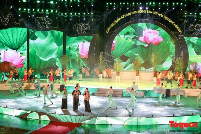 """Hình ảnh ấn tượng trong lễ khai mạc Tuần """"Đại đoàn kết các dân tộc - Di sản Văn hoá Việt Nam"""" năm 2019 - Ảnh 14."""