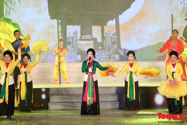 """Hình ảnh ấn tượng trong lễ khai mạc Tuần """"Đại đoàn kết các dân tộc - Di sản Văn hoá Việt Nam"""" năm 2019 - Ảnh 16."""