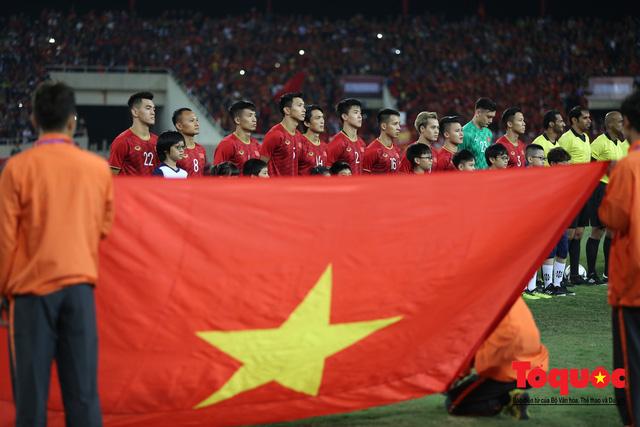 Lãnh đạo Đảng và Nhà nước dự khán trận Việt Nam - Thái Lan vòng loại thứ 2 Word Cup 2022 - Ảnh 7.