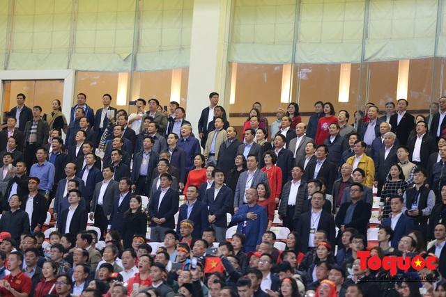 Lãnh đạo Đảng và Nhà nước dự khán trận Việt Nam - Thái Lan vòng loại thứ 2 Word Cup 2022 - Ảnh 1.