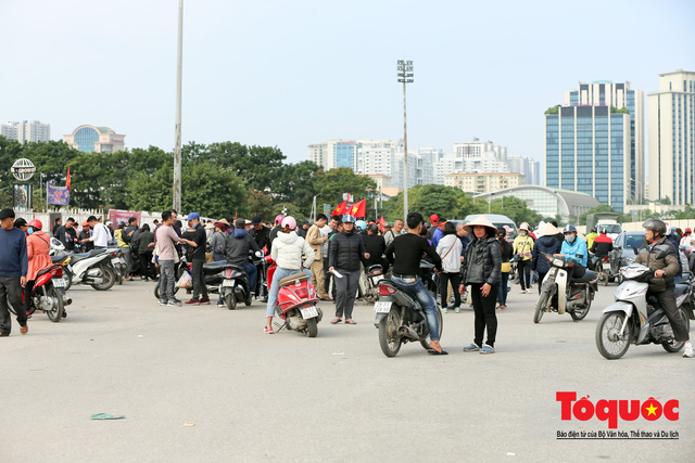 Lộ danh tính các đối tượng làm vé giả trận ĐT Việt Nam - ĐT Thái Lan - Ảnh 1.