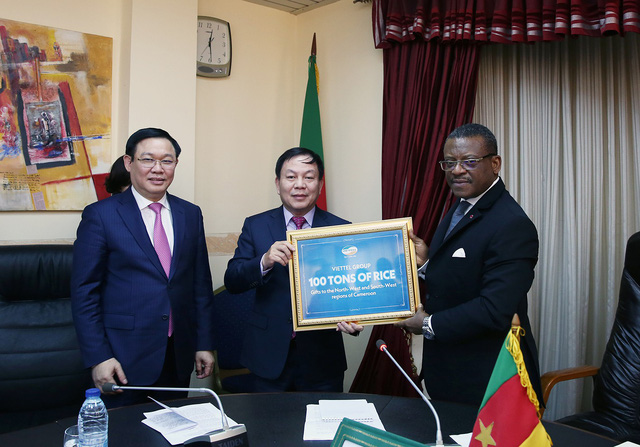 Thủ tướng Cameroon Joseph Dion Ngute đánh giá tăng trưởng của Việt Nam là kỳ tích  - Ảnh 6.