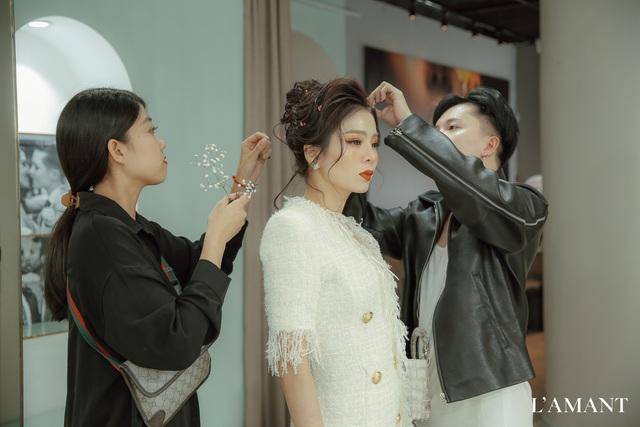 Lệ Quyên bất ngờ trình diễn thời trang tại show thời trang áo cưới L'amant - Ảnh 2.