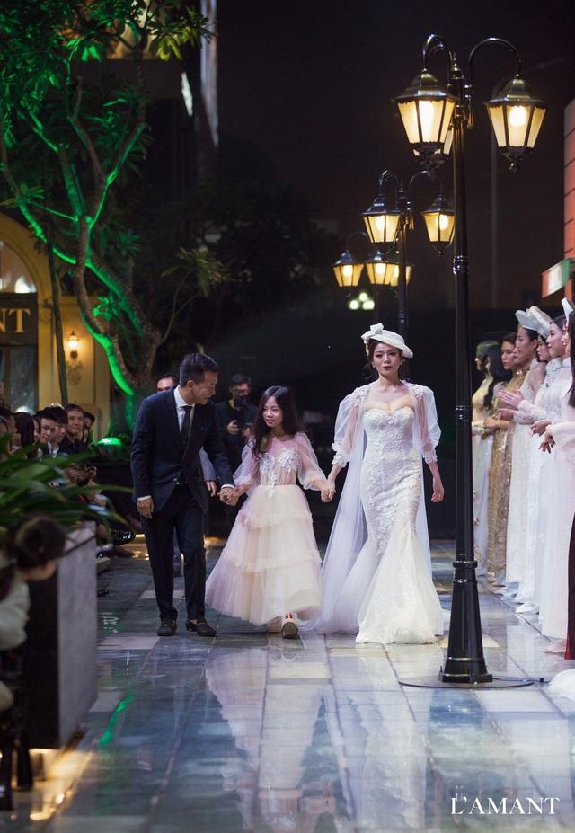 Lệ Quyên bất ngờ trình diễn thời trang tại show thời trang áo cưới L'amant - Ảnh 5.