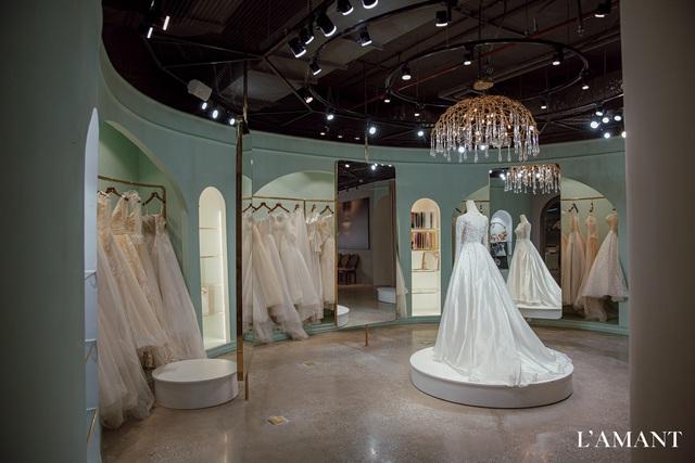Lệ Quyên bất ngờ trình diễn thời trang tại show thời trang áo cưới L'amant - Ảnh 14.