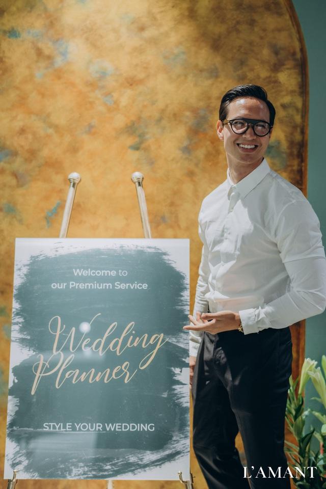 Hồ Ngọc Hà và Kim Lý bắt gặp đi thử áo cưới ở wedding L'amant - Ảnh 3.