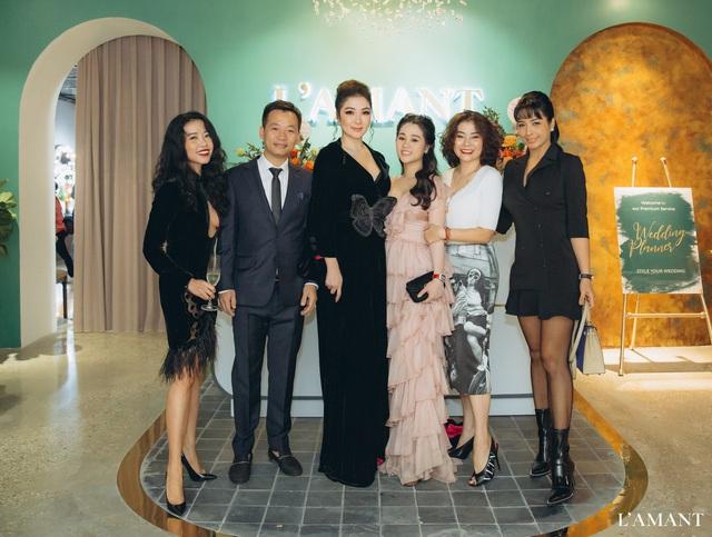 Hồ Ngọc Hà và Kim Lý bắt gặp đi thử áo cưới ở wedding L'amant - Ảnh 8.