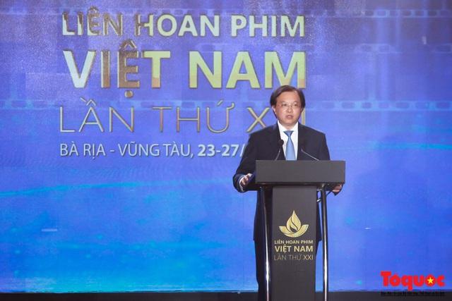 Toàn cảnh lễ Khai mạc Liên hoan phim Việt Nam lần thứ XXI tại Vũng Tàu - Ảnh 3.
