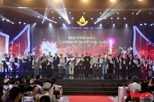 Toàn cảnh lễ Khai mạc Liên hoan phim Việt Nam lần thứ XXI tại Vũng Tàu - Ảnh 7.