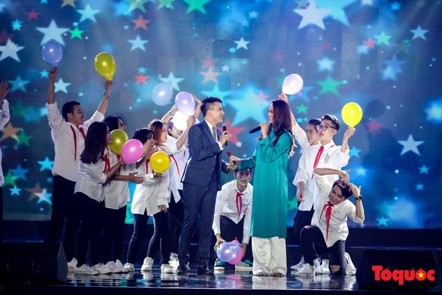 Toàn cảnh lễ Khai mạc Liên hoan phim Việt Nam lần thứ XXI tại Vũng Tàu - Ảnh 10.