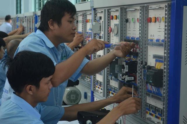 Giáo dục nghề nghiệp: Đào tạo chương trình chất lượng cao được cấp song bằng - Ảnh 1.