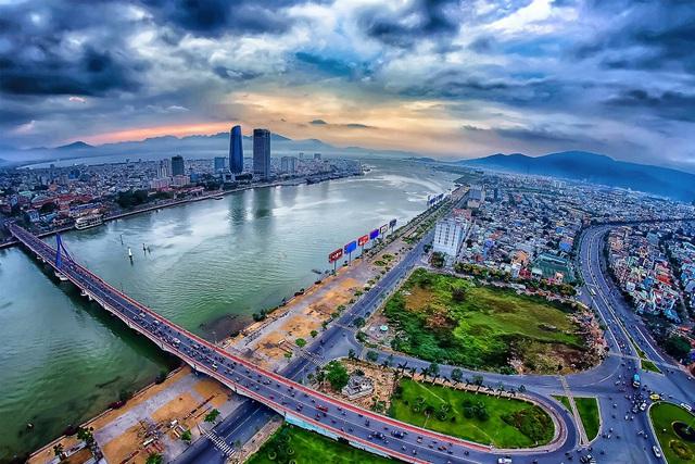 """""""Đòn bẩy"""" du lịch cho kinh tế Đà Nẵng - Ảnh 3."""