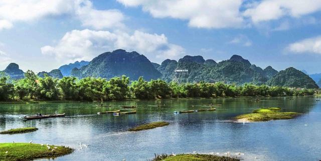 Phong Nha - Kẻ Bàng tiếp tục được bình chọn là điểm đến đáng trải nghiệm hàng đầu tại Việt Nam  - Ảnh 2.