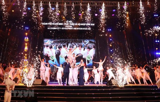 Khai mạc Lễ hội TP Hồ Chí Minh phát triển và hội nhập - Ảnh 1.