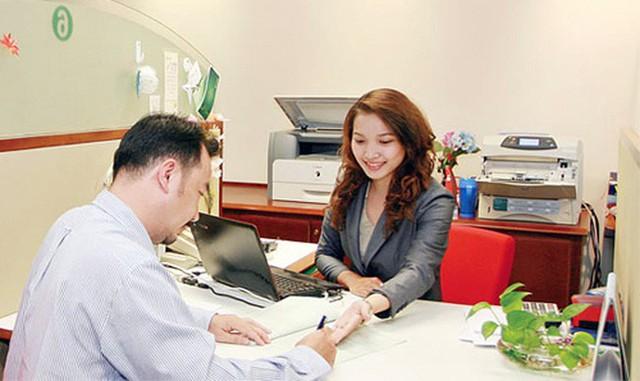 Cá nhân trực tiếp thực hiện tư vấn bảo hiểm phải có bằng đại học trở lên  - Ảnh 1.