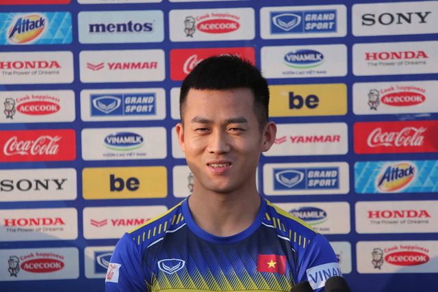 """Tiền đạo tuyển Việt Nam: """"Hợp đồng là vấn đề riêng của HLV Park Hang-seo, tôi không quan tâm"""" - Ảnh 1."""