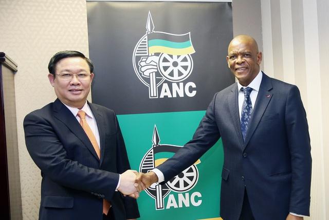 Phó Thủ tướng Vương Đình Huệ đề nghị cho phép mở chi nhánh ngân hàng thương mại Việt Nam tại Nam Phi - Ảnh 4.