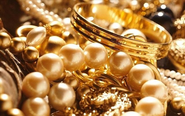 Giá vàng ngày 7/11: Mặc dù đã phục hồi, nhưng vàng thế giới vẫn thấp hơn trong nước - Ảnh 1.