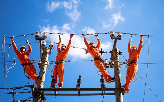 Bộ trưởng Trần Tuấn Anh: Nhà nước đang độc quyền trong truyền tải điện... - Ảnh 2.