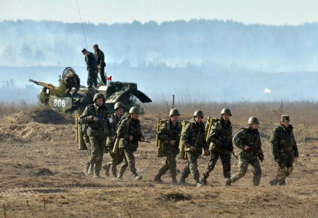 Nga - Ukraine trước cơ hội đột phá xung đột miền Đông - Ảnh 1.