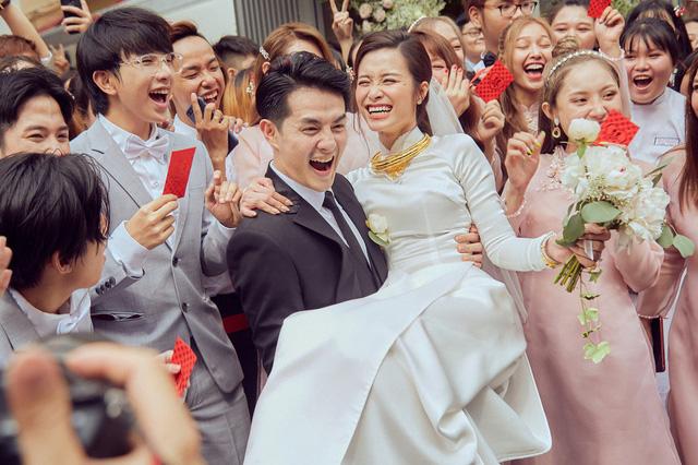 Trước khi ra Phú Quốc tổ chức đám cưới với 500 khách, Ông Cao Thắng và Đông Nhi có chia sẻ xúc động - Ảnh 2.