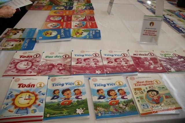 Tận mục sở thị 4 bộ sách giáo khoa lớp 1 chuẩn bị cho chương trình giáo dục phổ thông mới - Ảnh 2.