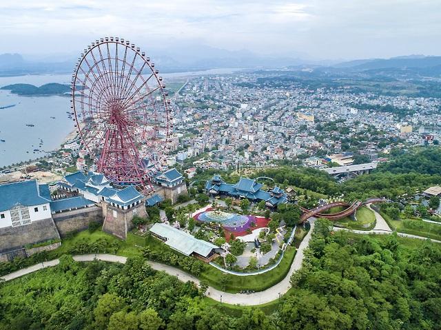 Sun World Halong Complex giảm hơn 50% giá vé cáp treo Nữ Hoàng cho du khách 6 tỉnh phía Bắc - Ảnh 1.