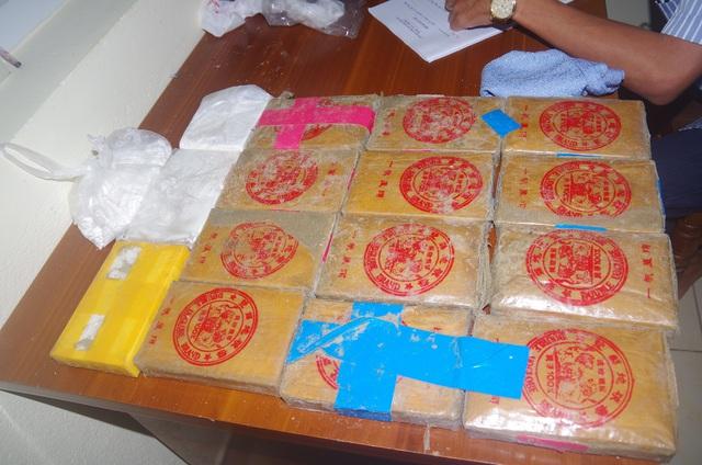 Một lượng lớn ma túy trôi dạt vào bờ biển ở Quảng Nam   - Ảnh 3.