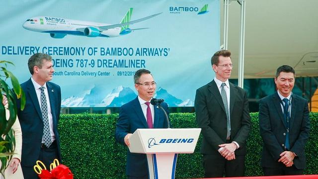Máy bay Boeing 787-9 Dreamliner đầu tiên cất cánh về với đội bay của Bamboo Airways - Ảnh 1.