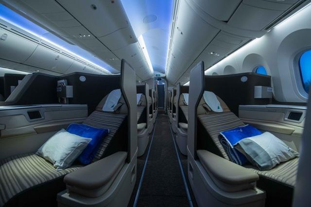 Máy bay Boeing 787-9 Dreamliner đầu tiên cất cánh về với đội bay của Bamboo Airways - Ảnh 4.