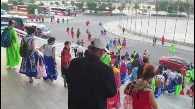 Quảng Ninh: Đình chỉ sự kiện văn hóa có sự tham gia của du khách Trung Quốc vì không phép - Ảnh 1.