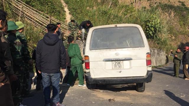 Nghệ An: Xe chở đoàn người khuyết tật đi làm từ thiện đâm vào vách núi, 5 người thương vong - Ảnh 5.