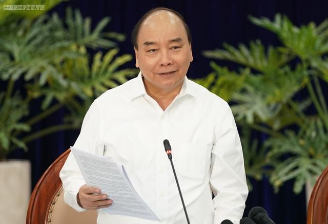 """Dõi theo chiến thắng lịch sử của tuyển Việt Nam, Thủ tướng nói: """"Vui lắm, toàn dân phấn khởi"""" - Ảnh 1."""