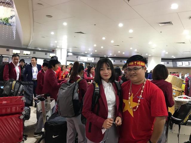 [Trực tiếp] Đón U22 Việt Nam và ĐT nữ Việt Nam mang cú đúp HCV về Tổ quốc, Lễ bế mạc SEA Games 30 - Ảnh 8.